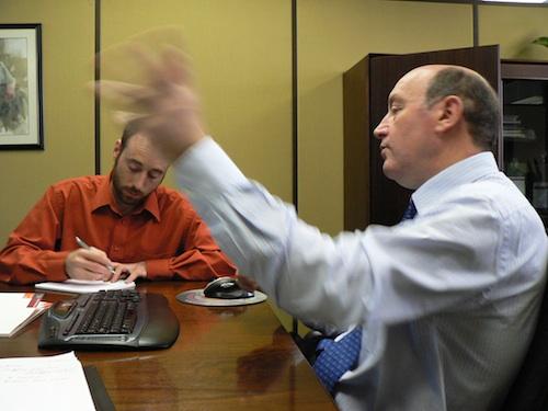 José Luis Lafuente, responsable du modèle de gestion coopératif, présente Mondragon. Photo: S.Vigneault